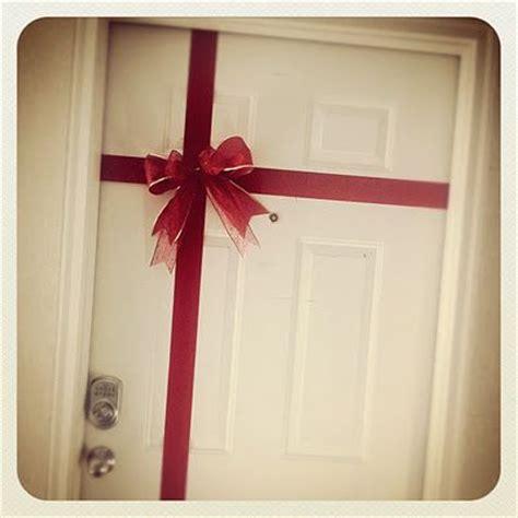 bedroom door decorations 149 best christmas door cubicle decor images on