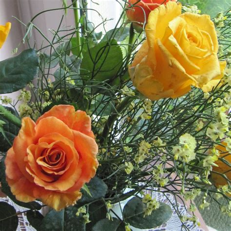 fiori in generale i miei bouquet giallo arancio garden it