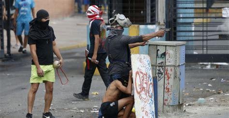 imagenes resistencia venezuela caracas como dos ciudades una vota y la otra se encierra