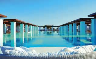 amazing pools top 20 most amazing swimming pools in the world