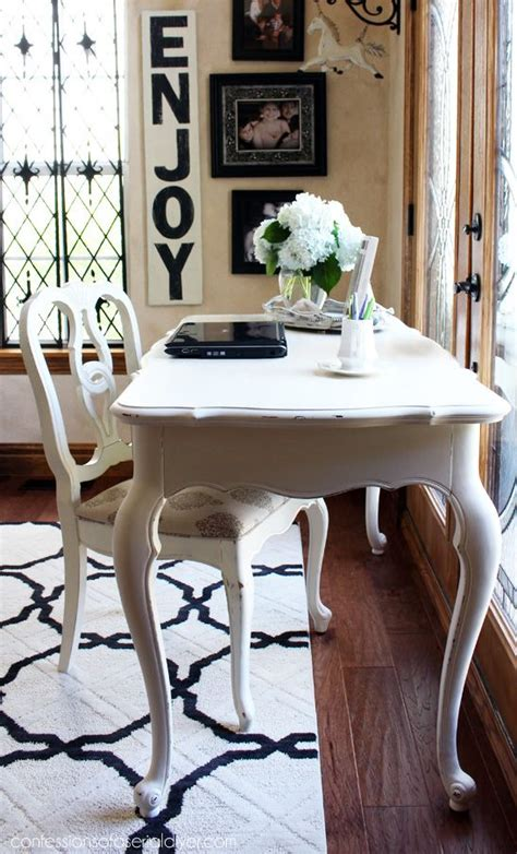 how to paint a desk white 1000 ideas about chalk paint desk on painted