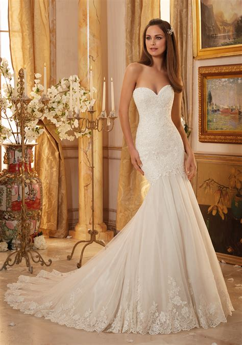 Which Wedding Dress by Lace And Tulle With Scalloped Hemline Wedding Dress