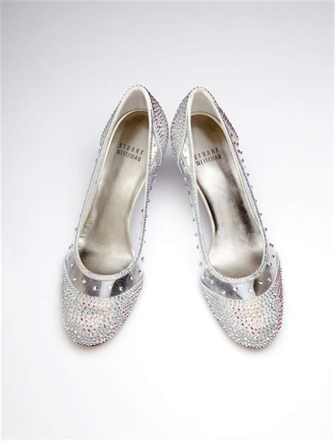 glass slippers to wear cinderella comes to broadway with slippers that leave