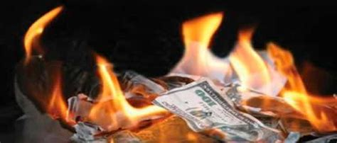 new year money burning why we re wasting 163 194 a year each on phone bills news