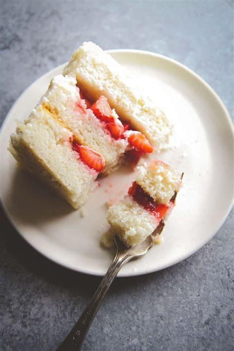 Best 25  Wedding cake flavors ideas on Pinterest   Cake