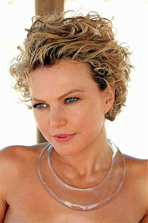super curly hair for 45 year old women 17 best images about hair on pinterest older women