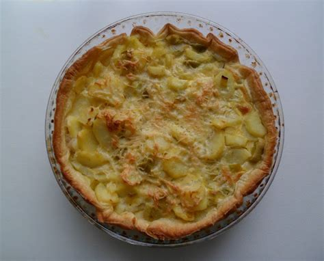 recettes de cuisine m馘iterran馥nne les crocs du loupinet quiche a 233 rienne poireaux pommes