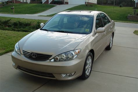 2005 toyota camry xle colors