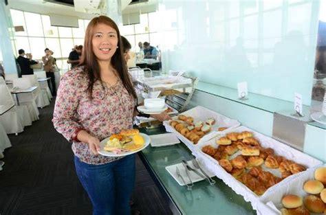 Breakfast Buffet Picture Of Baiyoke Sky Hotel Bangkok Baiyoke Sky Hotel Buffet