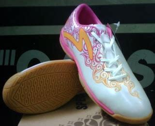 Diskon Piu Piu Pink futsal and soccer specs accelerator java sepatu batik pertama di indonesia