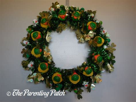 How To Make A St S Day Duck Oration Wreath