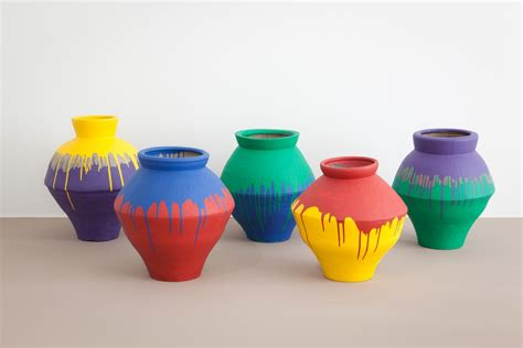 ai weiwei vase vase on vases ceramic pottery and ceramics
