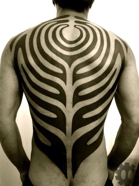 symmetrical tribal tattoos 160 best tatuajes sim 233 tricos symmetrical tattoos images