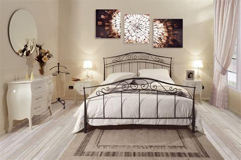 schlafzimmer mit metallbett atemberaubend schlafzimmer mit metallbett bilder die