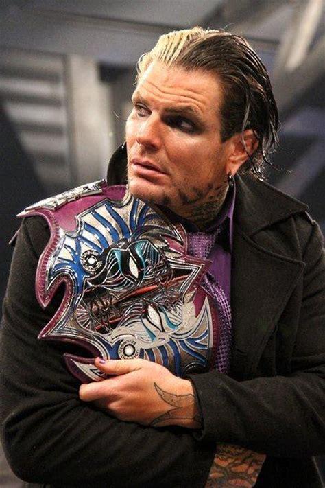 wwe jeff hardy with his champion belt