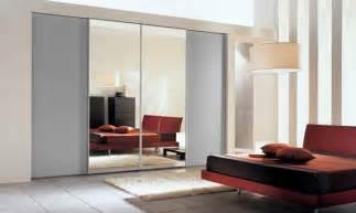 Space Saving Closet Doors Space Saving Sliding Closet Doors And Pros And Cons Ideas 4 Homes