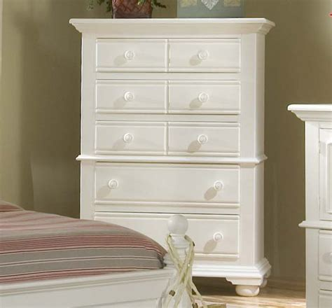 Distressed Bedroom Furniture by Cottage Traditions Distressed White Bedroom Furniture Set