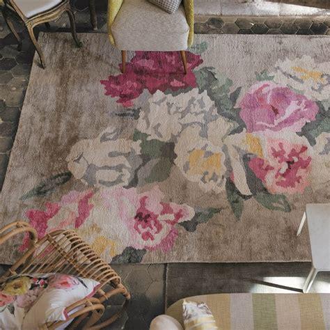 fabulous floral rugs bring summer inside homegirl