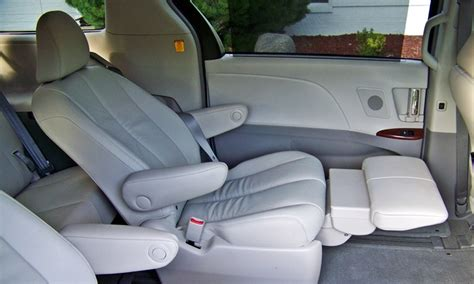 Toyota Reclining Seats by Honda Odyssey Photos Toyota Lounge Chairs