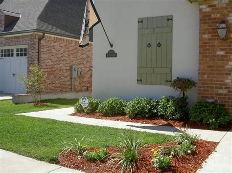 easy landscaping ideas for small areas front landscaping photo yard curb appeal help with curb appeal small front yard landscape