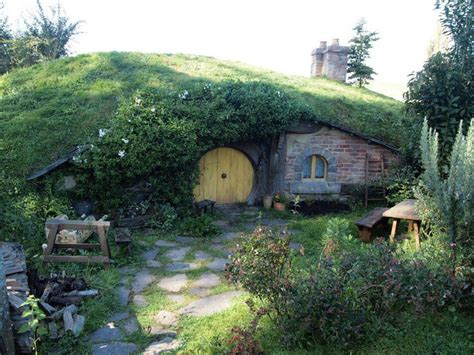 hobbit house new zealand pin by apropos of nothing on my inevitable hobbit hole