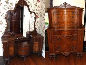 Antique Vanity Sets For Bedrooms Pin By Hearts Desire Antiques Laurie Stewart On For