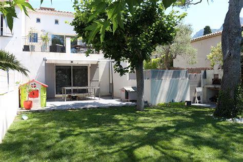 immobilier de jardin appartements appartement en rez de jardin t3 f3 cassis au calme avec terrasse dans