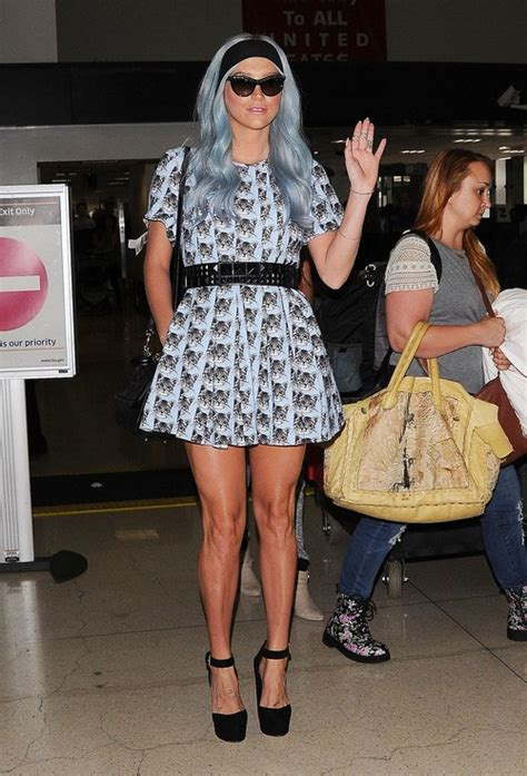 Joliea Mourning Anorexic by Kesha Arriving On A Flight At Lax Laundry