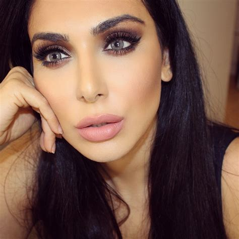 Makeup Huda requested my signature makeup for fall huda makeup and how to