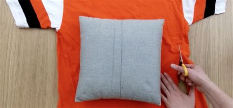How To Make Covers Without Sewing by How To Upcycle T Shirts Into Pillow Covers Without
