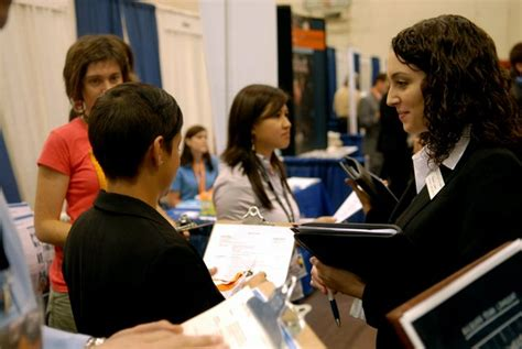 Mccombs Mba Career Fair new york times highlights mccombs career services efforts