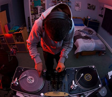 dj bedroom bedroom dj rips fabric of time by playing big room tracks