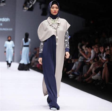Gamis Pesta Ala Zaskia Sungkar inspirasi ala zaskia sungkar dalam fashion show di