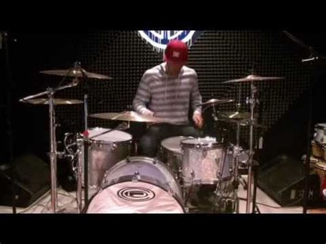 Blink 182 Collage blink 182 going away to college drum cover