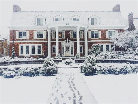 best sorority houses 15 nicest sorority houses in america best over the top college sorority houses in us