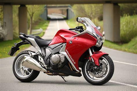 Honda Motorrad Vfr 1200 by Honda Vfr 1200 F
