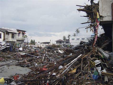Minyak Lintah Di Aceh foto tsunami aceh 2004 gallery aceh