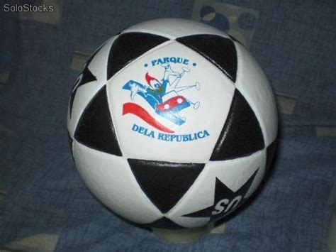 pelotas de futbol de cuero pelotas de futbol y voley en simil cuero