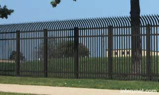 security fence picture interunet