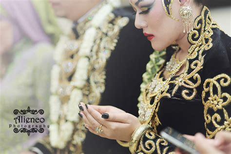 Weddingku Exhibition 2015 by Weddingku Resepsi 2015 Newhairstylesformen2014