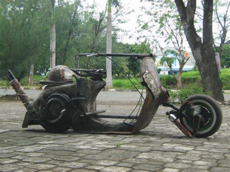 Stilistika Nyoman Kutha Ratna mochammad faizun 2013