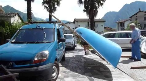 porta pacchi per auto carica barca sul tetto dell auto