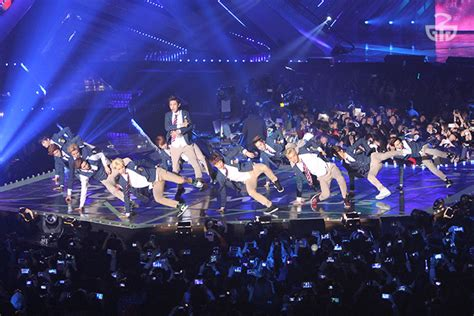what you missed at exo s 2017 concert in singapore cleo experiencing a concert in the capital of k pop seoul soompi