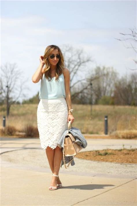 White Lace Skirt And Blouse by 20 Lace Skirt Ideas For This Season Styleoholic