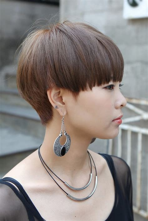 short hairstyles like mushron modern short japanese haircut with bangs mushroom