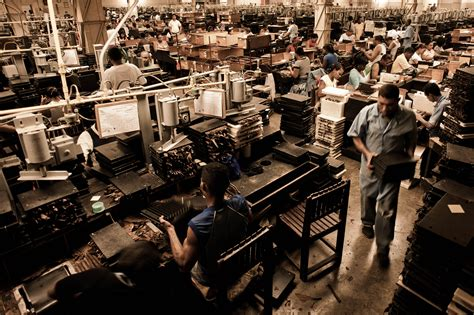 Handmade Factory - file handmade cigar production process shopfloor of