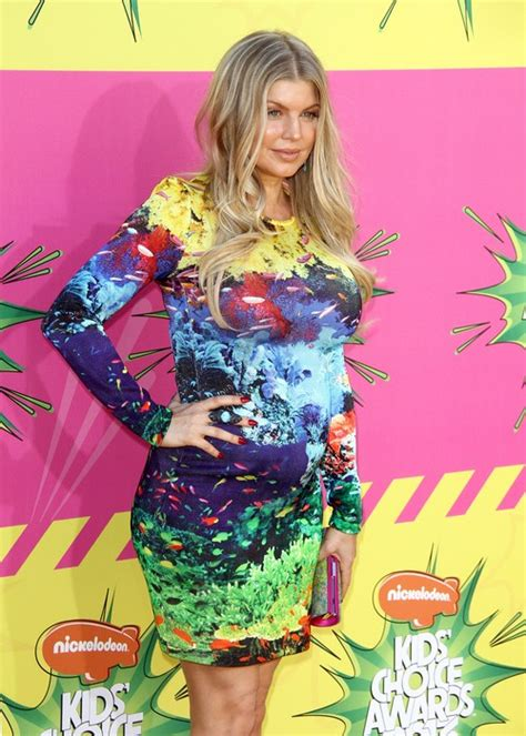 Fergie Not Yet Reproducing by Fergie Says She Is Not Wearing Maternity Wear Yet