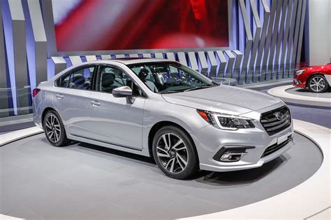 subaru legacy refreshed 2018 subaru legacy debuts at chicago auto