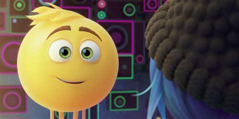 chick film emoji the emoji movie trailer released screen rant