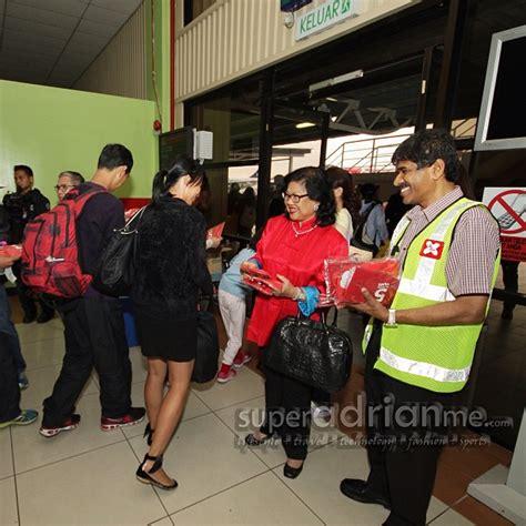 airasia terminal airasia x commences kuala lumpur shanghai flights